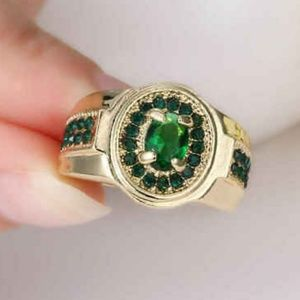 💚Man-made Emerald 18K Gold Filled Ring Sz 6